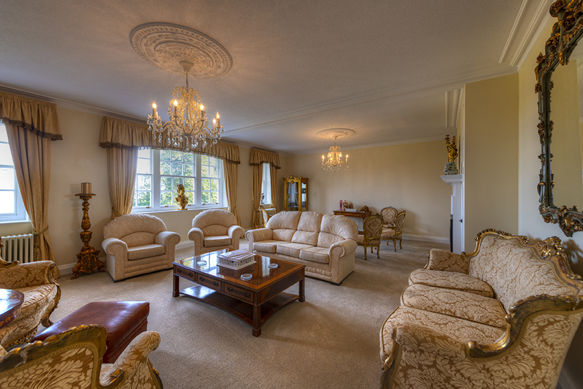 Saltcote Hennessy Suite